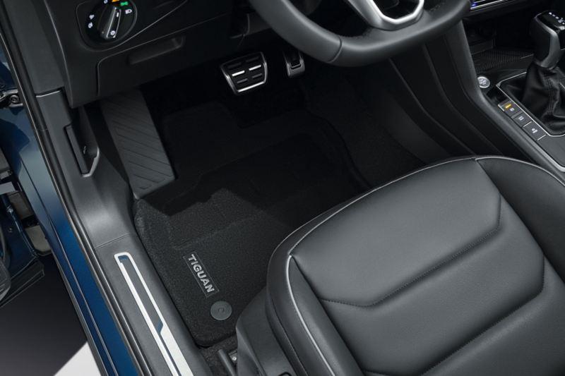 Matter til fotrom i VW Volkswagen Tiguan SUV