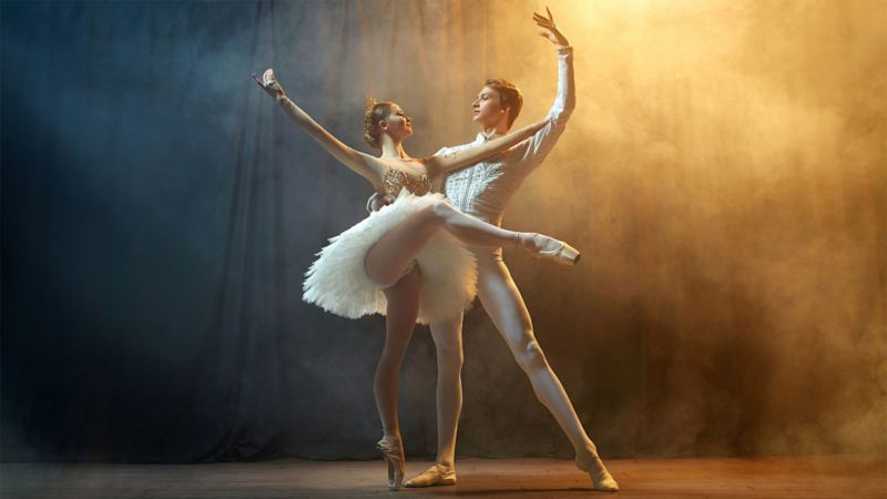 Two ballet dancers on the stage