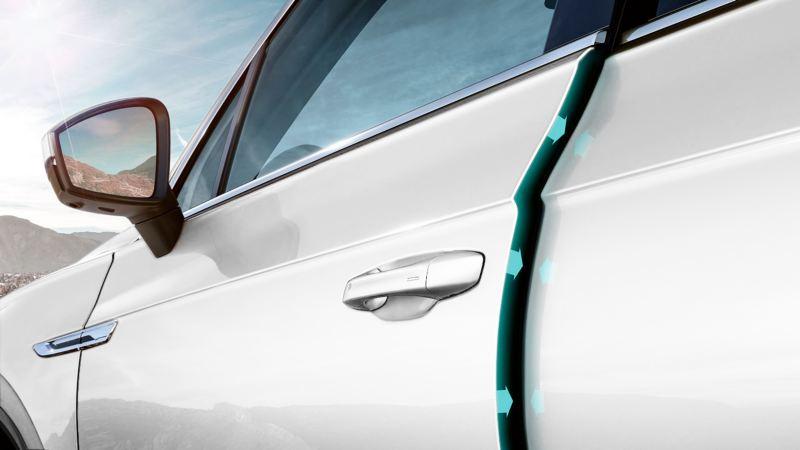 Puerta delantera semi abierta del Volkswagen Touareg