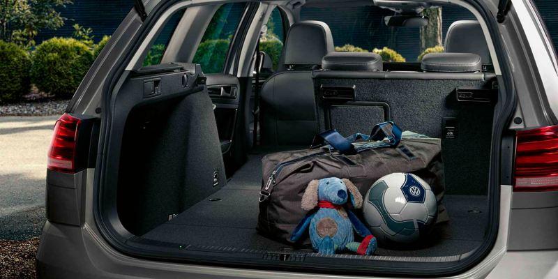 Volkswagen Golf Variant Confort maletero