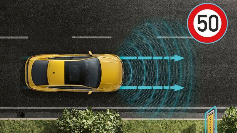 Régulation automatique de distance ACC avec régulation de vitesse prédictive