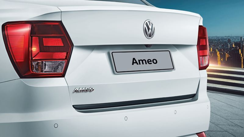 Ameo Trunk Garnish