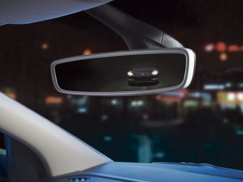 Auto dimming internal rear-view mirror