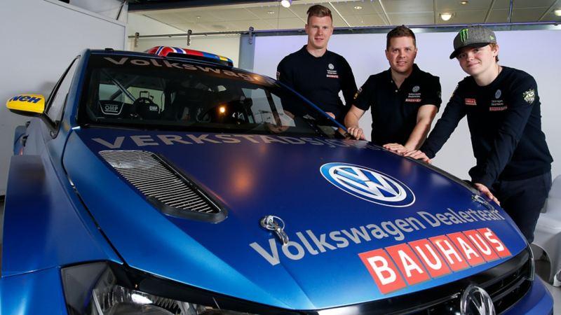 Volkswagen Dealer Team Bauhaus rallyförare. Johan Kristoffersson, Ole Christian Veiby, och Oliver Solberg