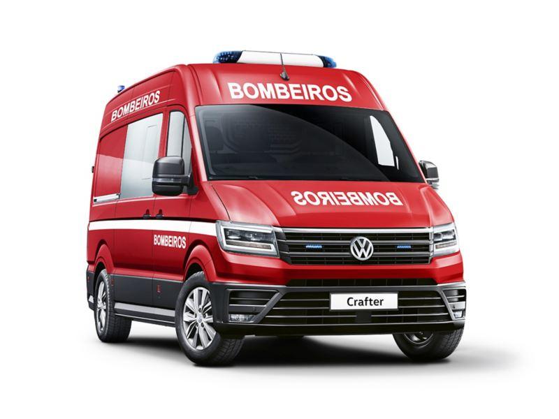 Carrinha comercial Crafter adaptada como Ambulância dos Bombeiros.