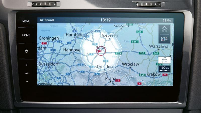 Il sistema di navigazione Volkswagen mostra informazioni sul traffico trasmesse dal Traffic Message Channel