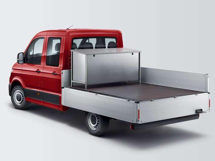 Carrinha Volkswagen Crafter de caixa aberta.