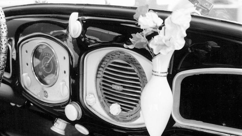 porta fiore nel cockpit Maggiolino volkswagen