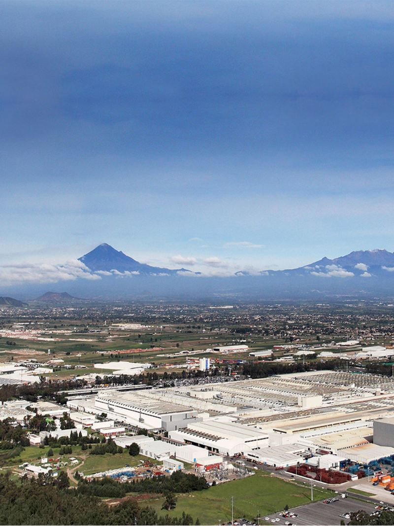 Panorama of a Volkswagen site in Mexico