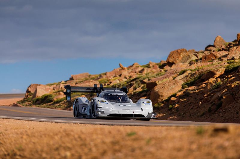 The ID. R Pikes Peak goes past rocks on the route