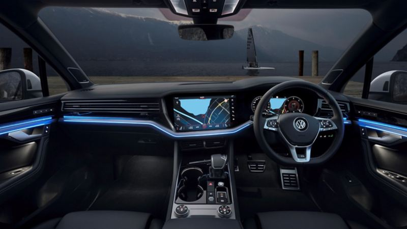 View of the Innovision Cockpit in the VW Touareg