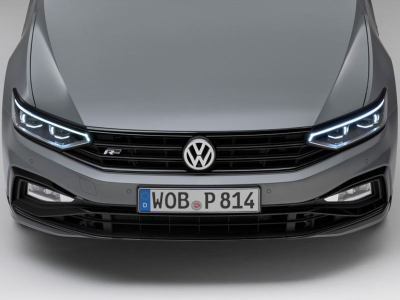 """Passat Variant R-Line """"Edition"""" Front view with LED matrix headlights and fog lights"""