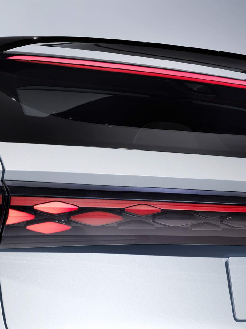 L'arrière du concept-car Volkswagen ID.  SPACE VIZZION