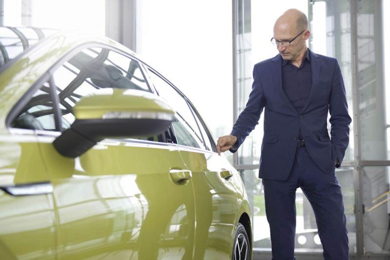 Główny stylista Volkswagena Klaus Bischoff
