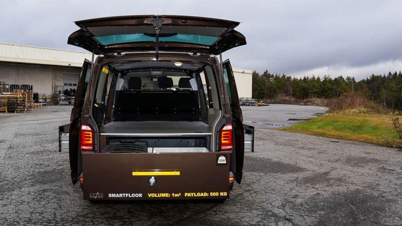 vw Volkswagen Transporter varebil bilinnredning serviceinnredning montering Smartfloor