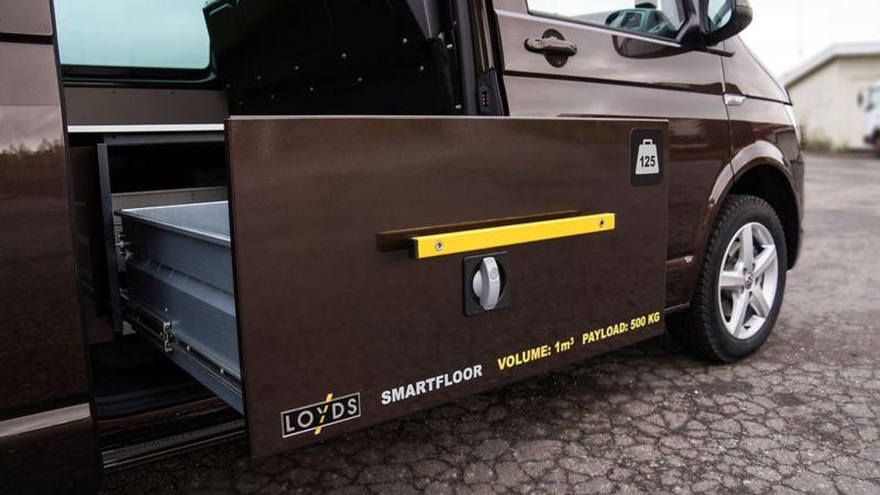 vw Volkswagen beige brun Transporter T6 med smartfloor billinnredningsskuff bilinnredning skuff