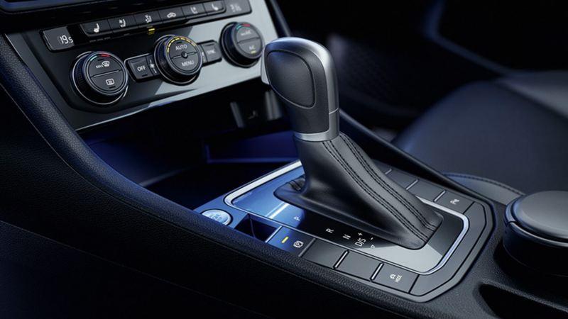 Pantalla táctil de 8 pulgadas de Vento VW 2020 con App-Connect para mejor conectividad del conductor