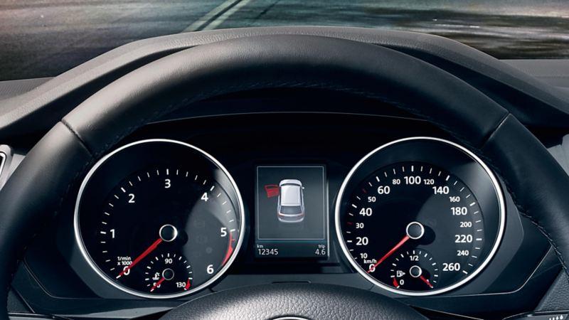 VW Tiguan con indicatore multifunzione