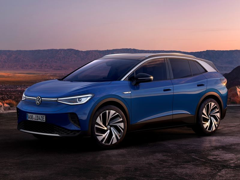 Volkswagen ID.4 Dusk Blue Metallic – Side View