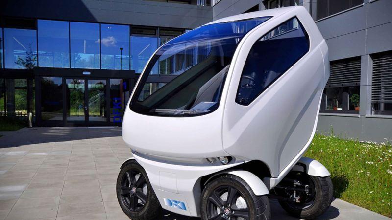 Elbilen EO smart connecting car kan tverrstille hjulene