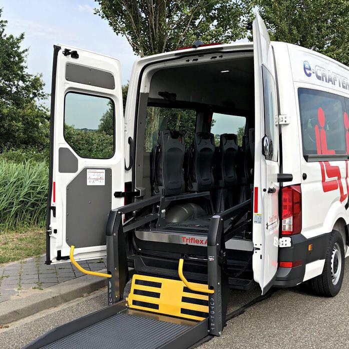 Emissievrij rolstoelvervoer: de e-Crafter rolstoelbus