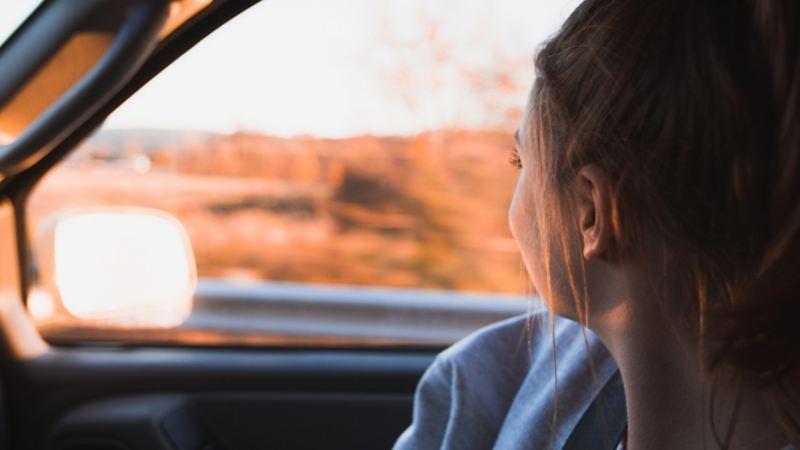 Bilhold velkommenskjerm desktop og mobil