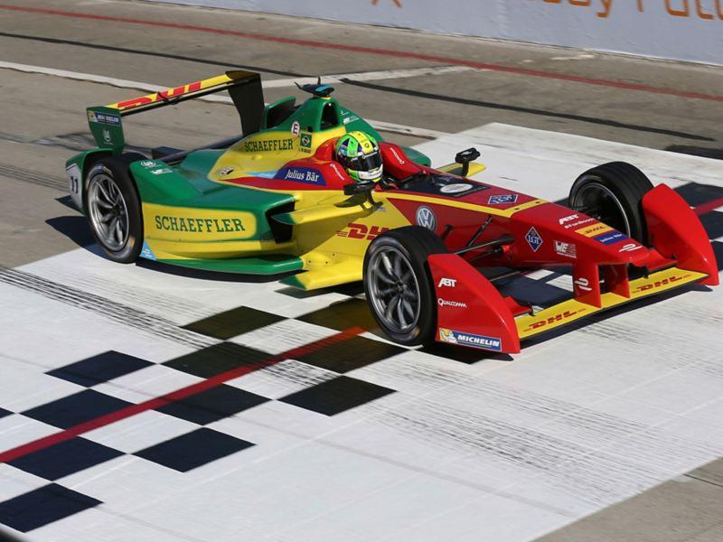 """Auto da corsa elettrica di """"Formula E"""""""