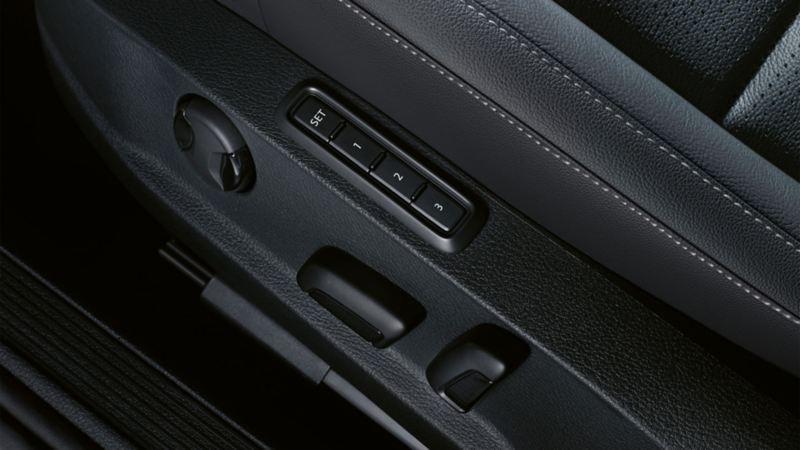 Visualizzazione della regolazione del sedile con funzione Memory su una VW Golf
