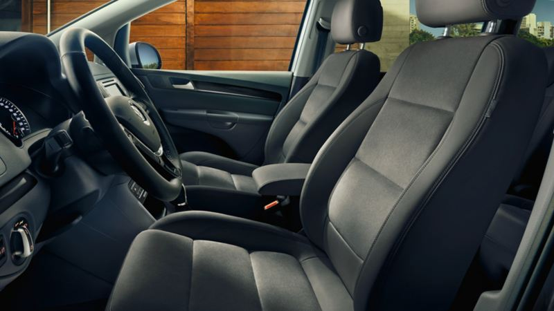 Immagine dei sedili anteriori con funzione massaggio di VW Sharan