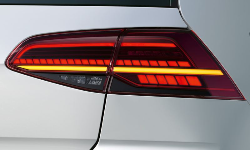 LED-bakljus med blinkers på VW Golf GTE