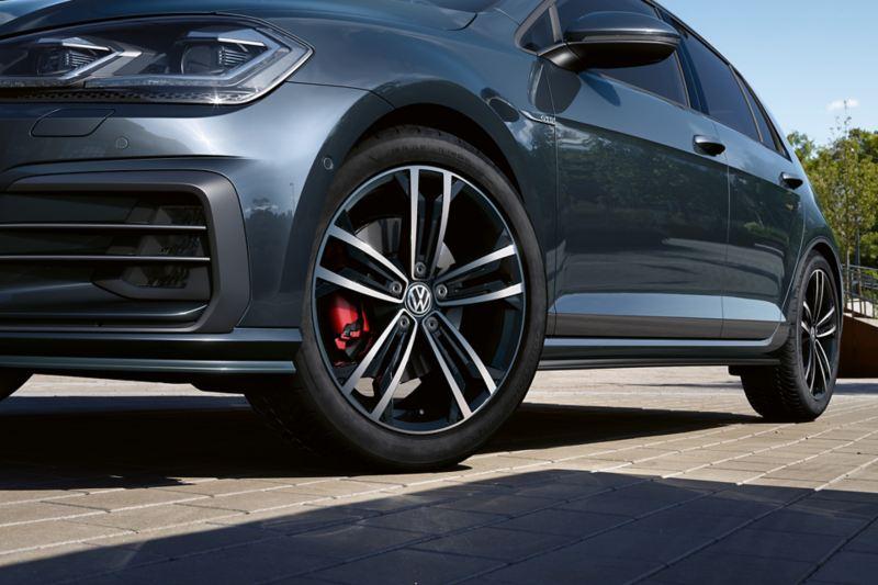 VW Golf GTD 3/4-Seitenansicht dynamisch