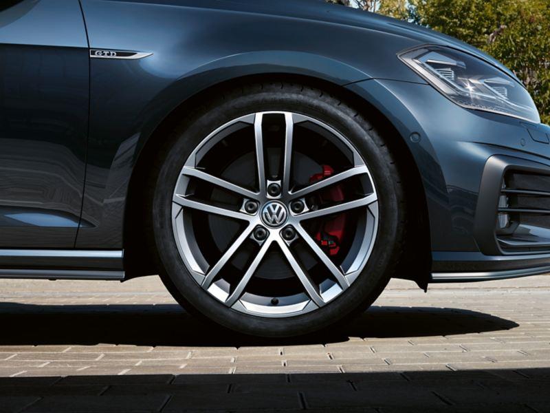VW Golf GTD 'Curitiba' light alloy wheels
