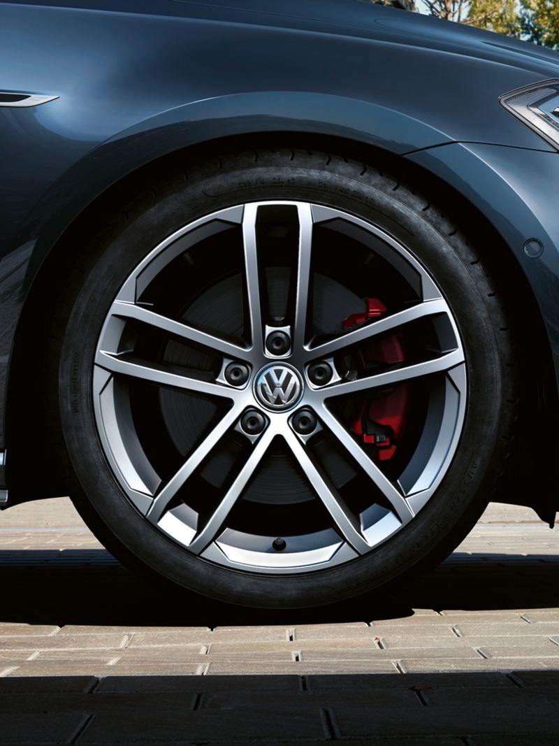 "VW Golf GTD Leichtmetallräder ""Curitiba"""