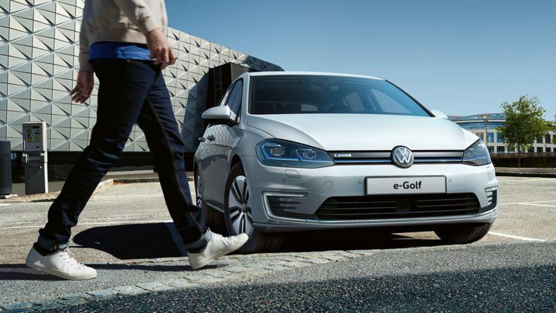 e-Golf auto elettrica Volkswagen ecobonus