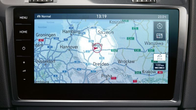 VW navigation system displaying traffic information via the traffic message channel.