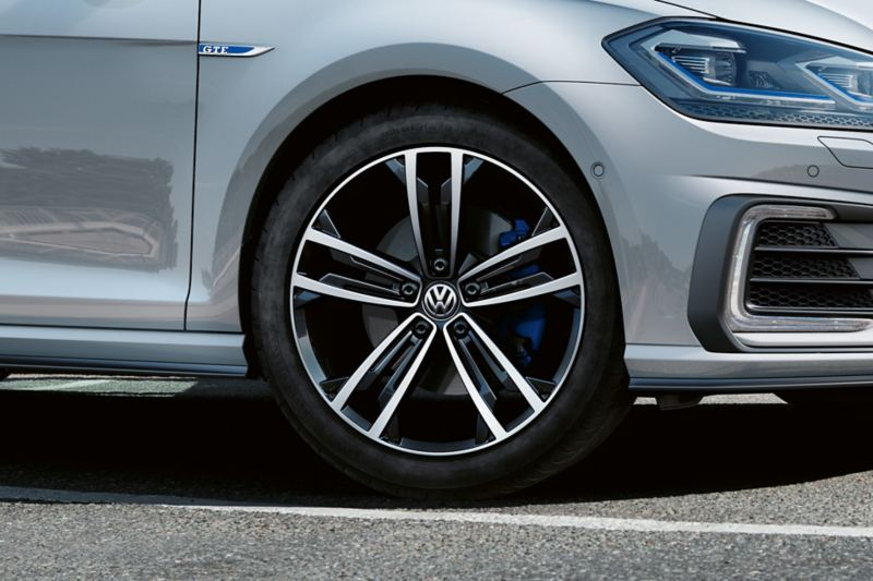 "Cerchi in lega leggera Sevilla da 18 "" per Volkswagen Golf GTE"