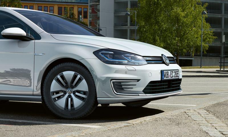 Volkswagen e-Golf framifrån
