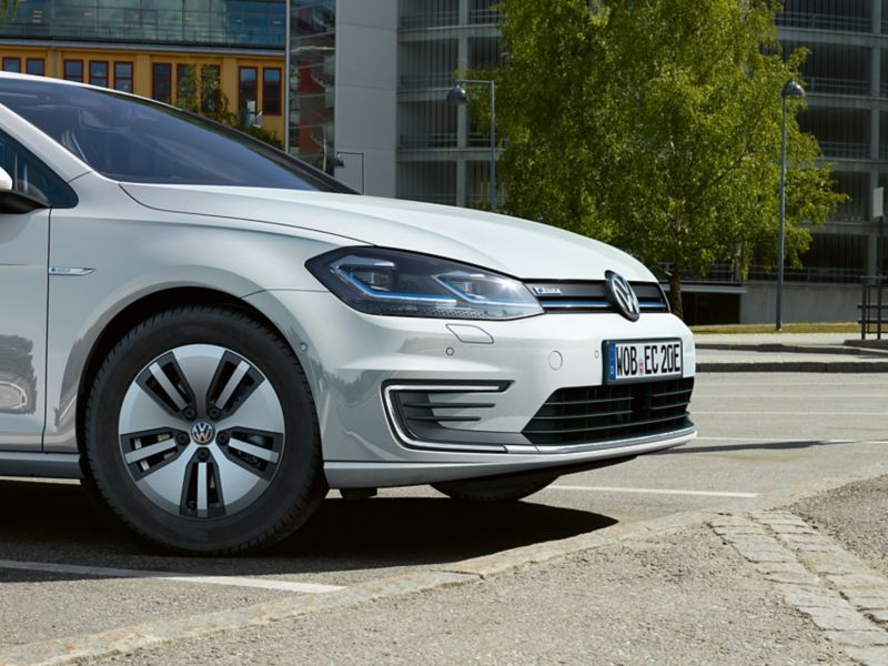 front of the VW e-Golf
