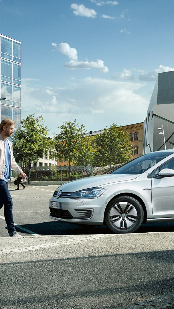 Side view of the VW e-Golf cahrging on a charging station