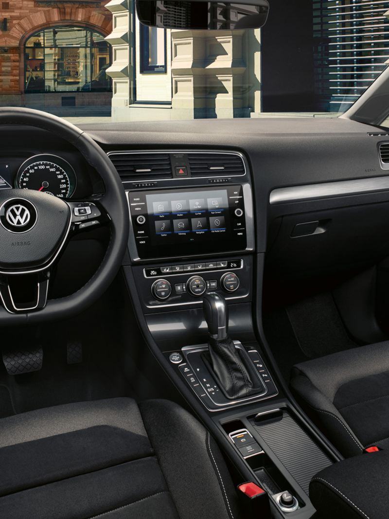 VW Golf Variant TGI Innenraum vom Comfortline