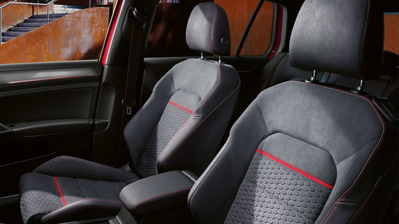 VW Golf interior equipment with sports seats