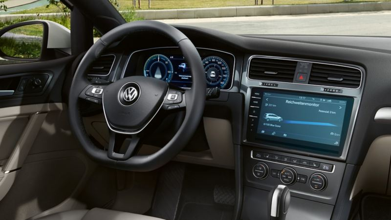 dashboard and cockpit of the VW e-Golf