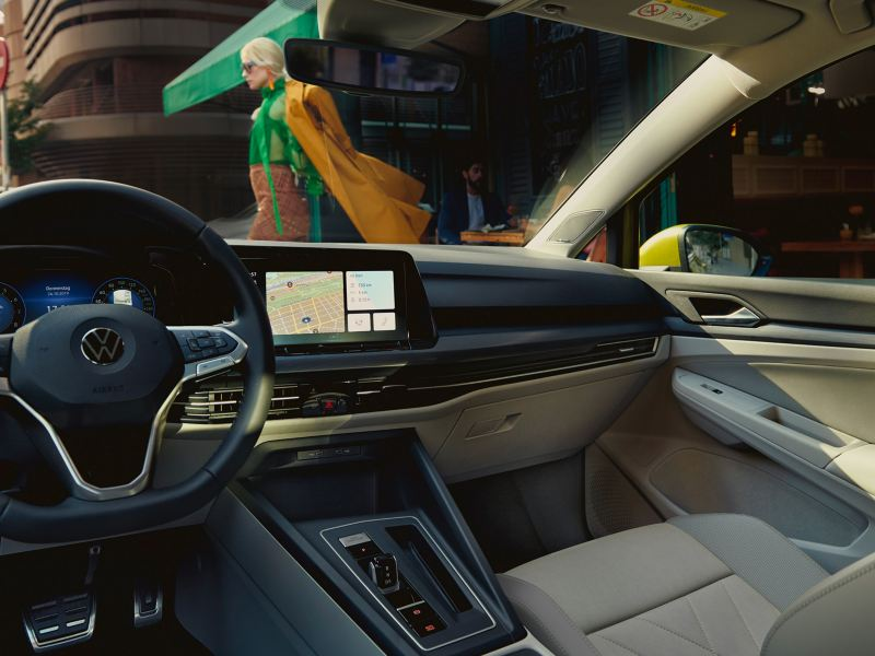 The new Golf with Innovision Cockpit