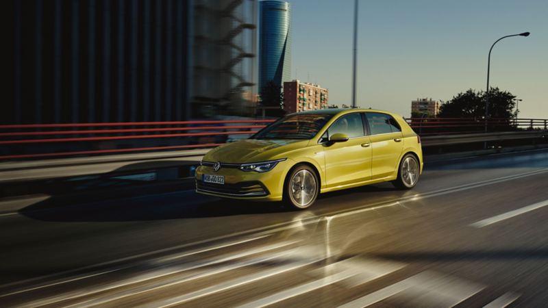 VW Volkswagen Golf med ACC avstandsregulering