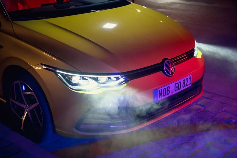VW Golf Frontansicht mit IQ.LIGHT