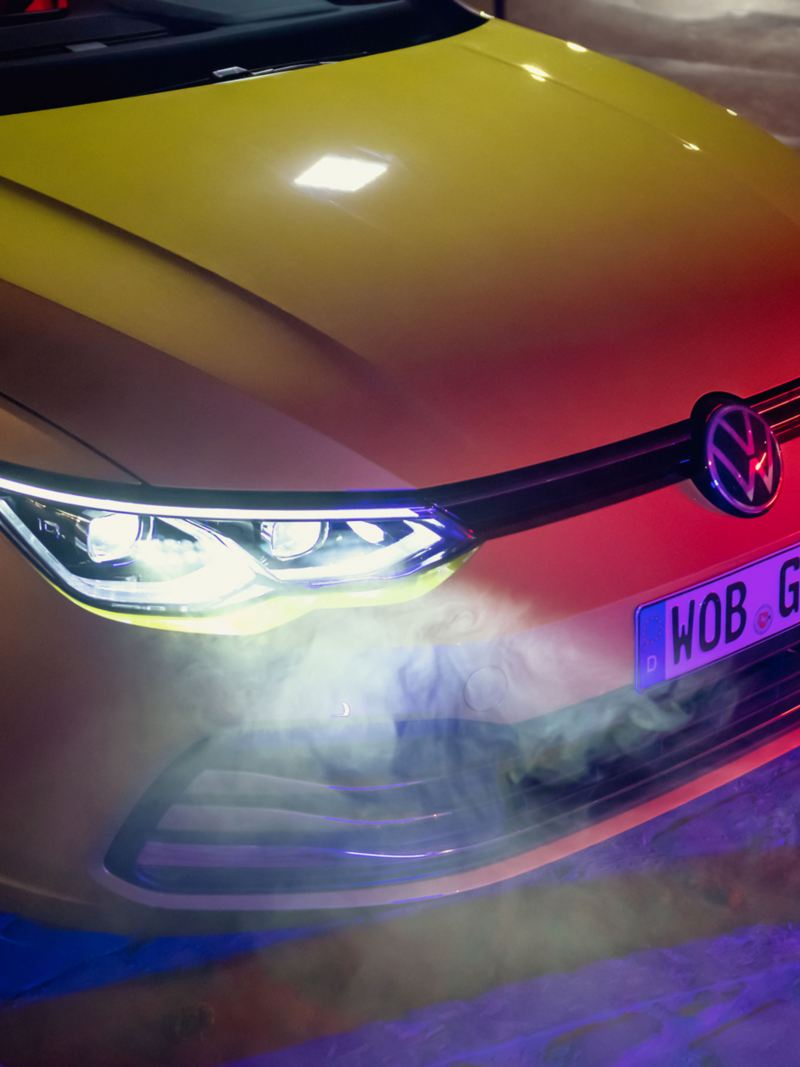 VW Golf vue de face avec IQ.LIGHT