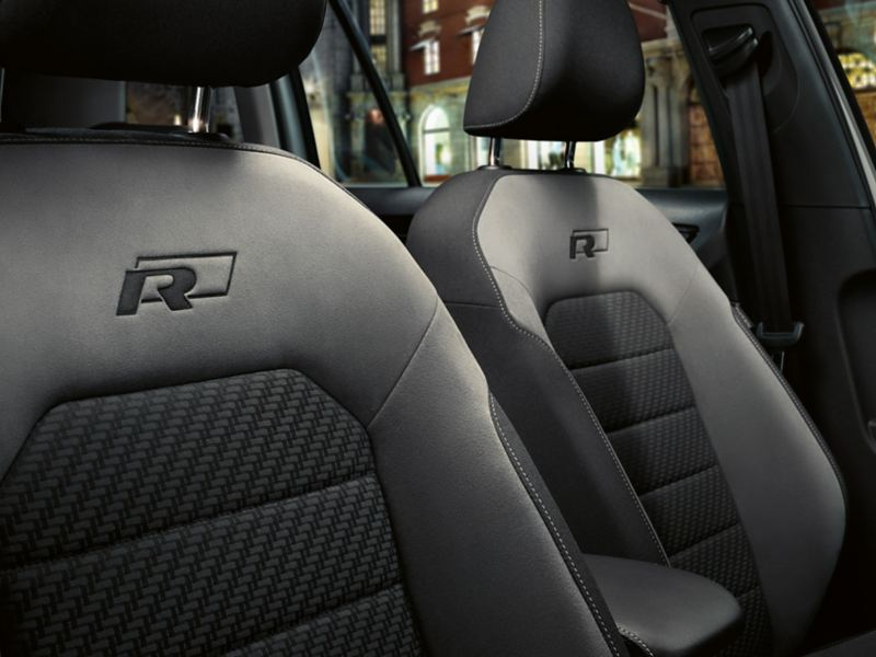VW Golf R-Line sport seats