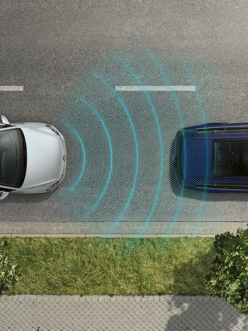 Beeld van een VW Golf  met grafische voorstelling van de sensoren van de adaptieve cruisecontrol ACC