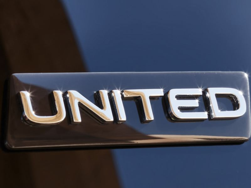 VW UNITED Badge