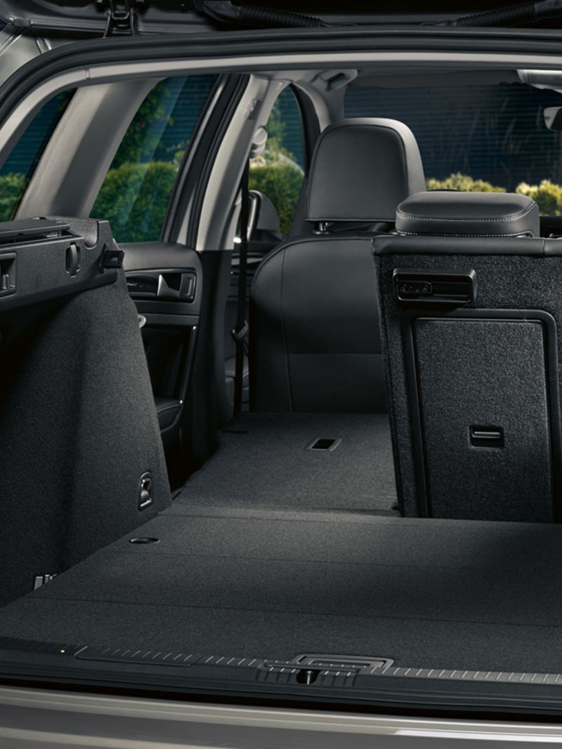 VW Golf Alltrack extended luggage Compartment